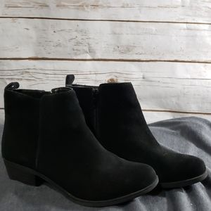 Vince Camuto Leather Ankle Boots - Size 7/37